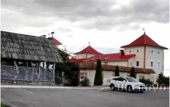 Зал в Барановичах для торжеств до 8 человек кафе Карчма Замак Зубра